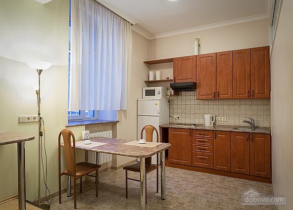 Комфортна квартира біля Золотих Воріт, 1-кімнатна (55371), 005