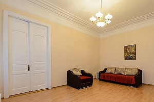 One bedroom apartment on Rustaveli (179), One Bedroom, 002