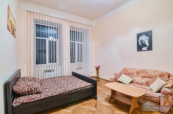 Просторі апартаменти в центрі, 2-кімнатна (83576), 007