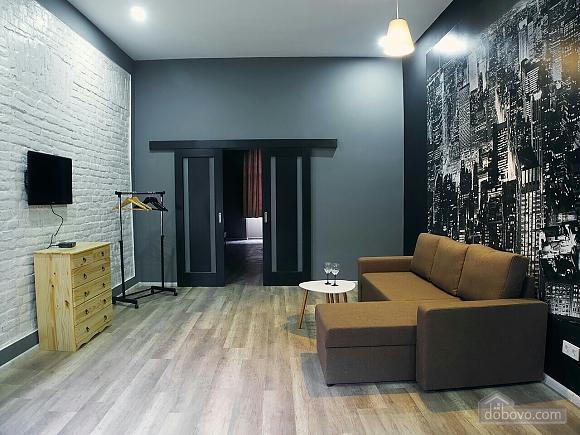 Стильний лофт на затишній вулиці, 2-кімнатна (76425), 005