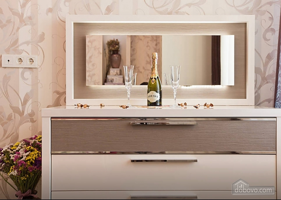 Luxury apartments in the city center, Una Camera (94713), 016