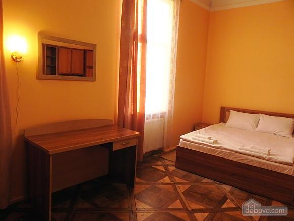 Квартира біля Оперного театру, 2-кімнатна (81182), 008