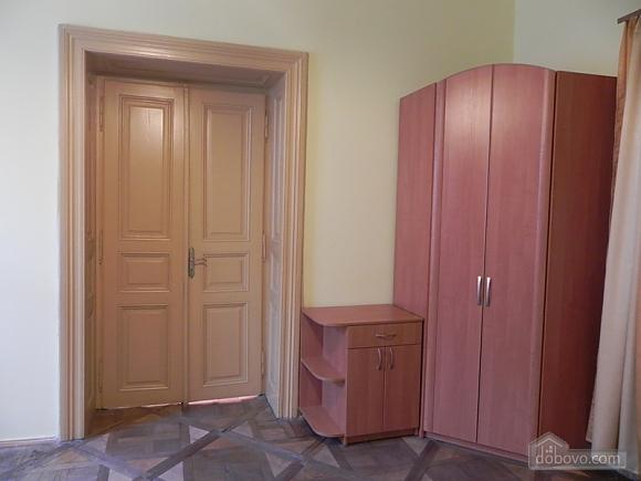 Квартира біля Оперного театру, 2-кімнатна (81182), 018
