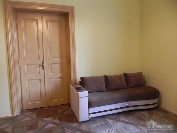 Квартира біля Оперного театру, 2-кімнатна (81182), 021