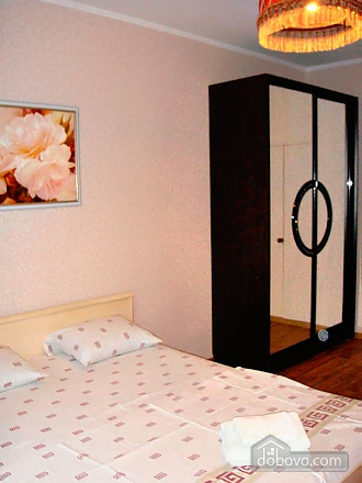 Cozy and homelike apartment in Kharkiv, One Bedroom (63805), 005