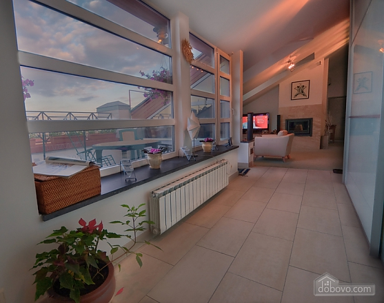 Apartment with a unique design and nice view in the heart of the city, Due Camere (66541), 004