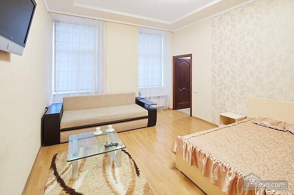 Просторная и светлая квартира, 1-комнатная (10429), 004