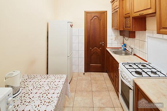 Просторная и светлая квартира, 1-комнатная (10429), 005