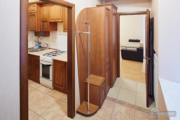 Просторная и светлая квартира, 1-комнатная (10429), 006