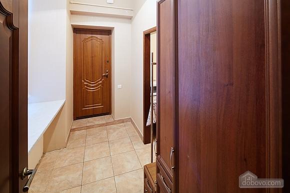 Просторная и светлая квартира, 1-комнатная (10429), 007