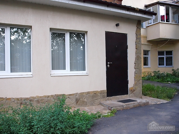 Apartment in the center of Kharkov with separate entrance, Un chambre (78245), 007