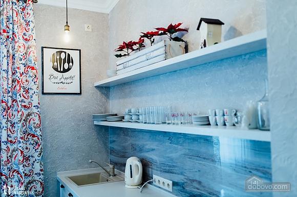 Luxury apartment in Chernivtsi, Deux chambres (90696), 005