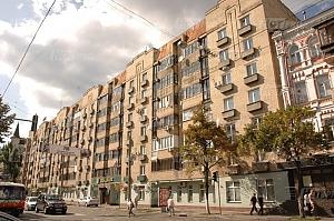 Bed in the hostel on Lukianivka, Two Bedroom, 001