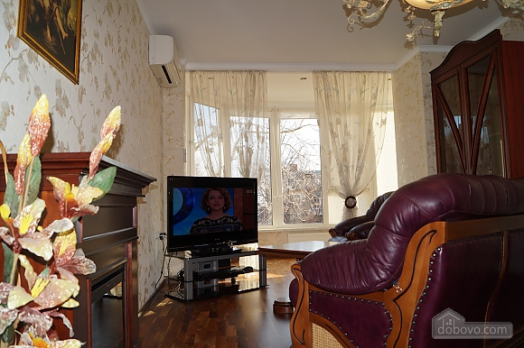 Apartment in Odessa on Lanzherone, Due Camere (73885), 003