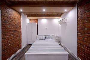 Квартира з дизайнерським ремонтом, 1-кімнатна, 002
