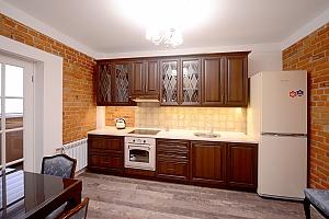 Квартира з дизайнерським ремонтом, 1-кімнатна, 003
