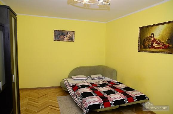 Near Kharkivska station, Un chambre (28472), 003