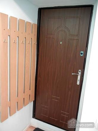 Апартаменты в центре города, 1-комнатная (47044), 018