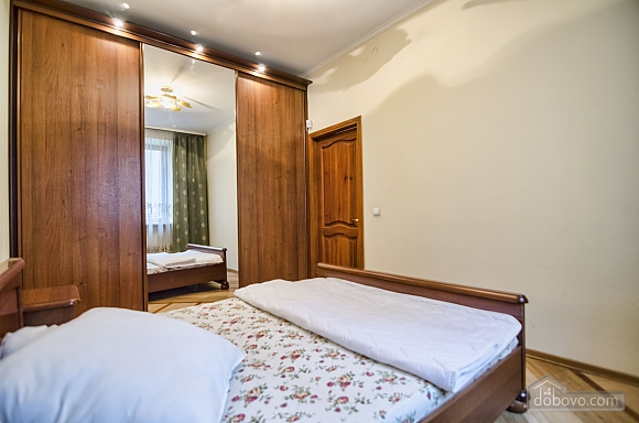 Квартира біля Оперного театру, 2-кімнатна (80742), 011