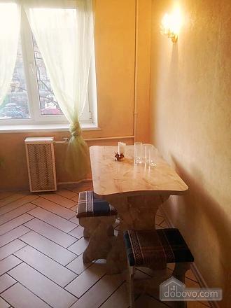 Затишна світла квартира, 2-кімнатна (98203), 009