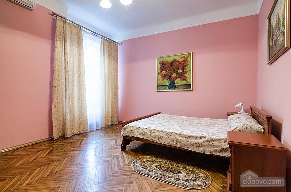 Затишна квартира, 2-кімнатна (97607), 004