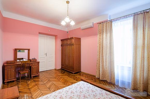 Затишна квартира, 2-кімнатна (97607), 005