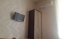 Mini apartment near Sportyvna station, Studio, 003