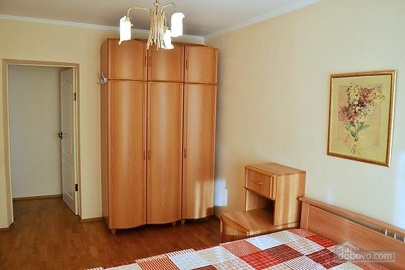 Business class apartment in Pechersk, One Bedroom (77004), 003