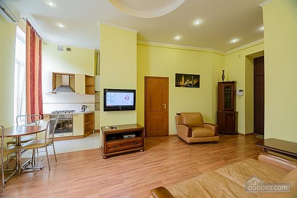 Шикарні апартаменти на Хрещатику, 2-кімнатна (53933), 002