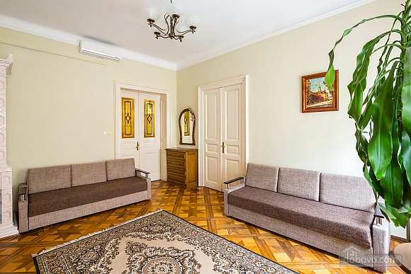 Near to Opera theatre and Rynok square, Deux chambres (50459), 005