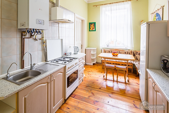 Near to Opera theatre and Rynok square, Deux chambres (50459), 010
