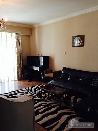 Luxury apt, Three Bedroom (23872), 003