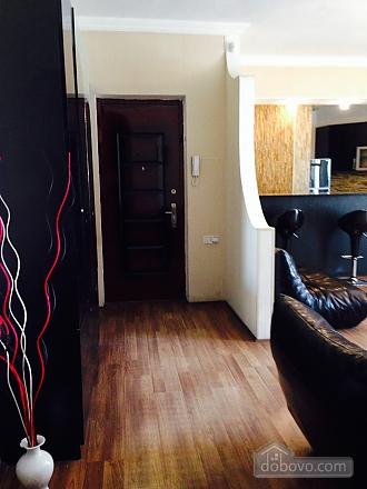 Luxury apt, Three Bedroom (23872), 004