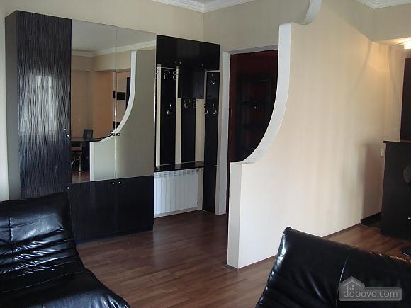 Luxury apt, Three Bedroom (23872), 005