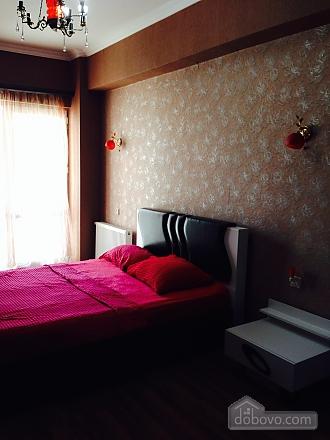 Luxury apt, Three Bedroom (23872), 009
