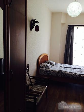 Luxury apt, Three Bedroom (23872), 010