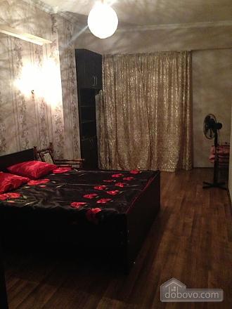 Luxury apt, Three Bedroom (23872), 011