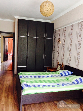 Luxury apt, Three Bedroom (23872), 012