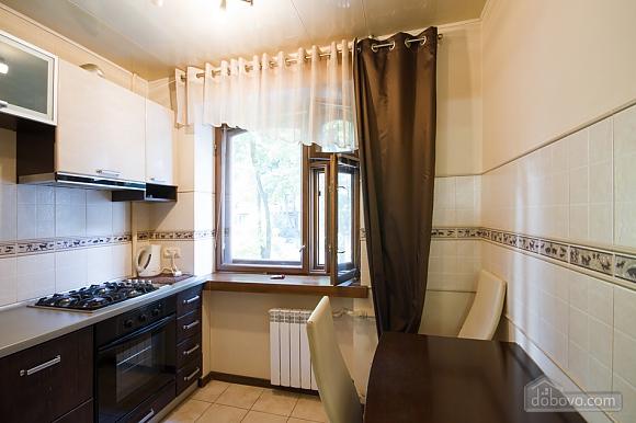 Нова простора квартира поблизу центру поряд з метро, 2-кімнатна (76078), 007