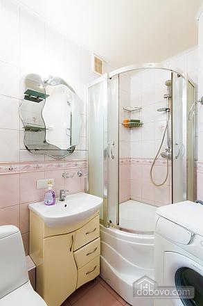 Нова простора квартира поблизу центру поряд з метро, 2-кімнатна (76078), 008
