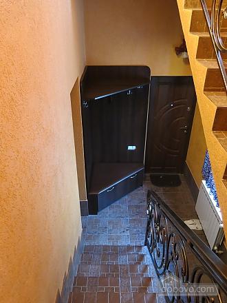 Уютный коттедж, 4х-комнатная (92398), 004