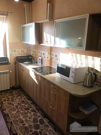 Уютный коттедж, 4х-комнатная (92398), 006