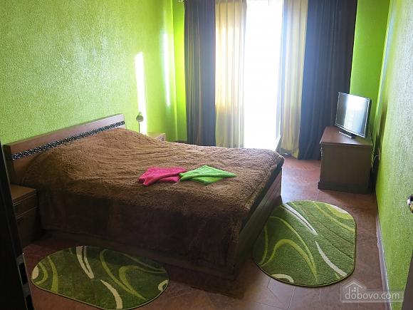 Уютный коттедж, 4х-комнатная (92398), 008