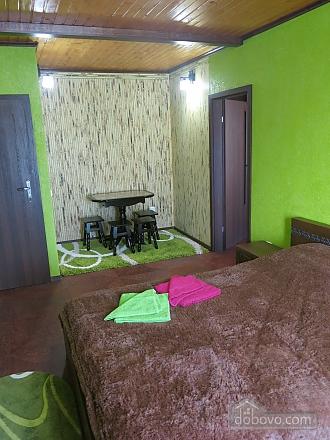 Уютный коттедж, 4х-комнатная (92398), 009