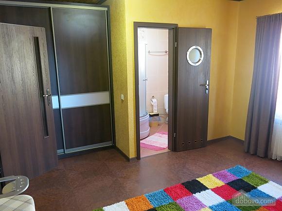 Уютный коттедж, 4х-комнатная (92398), 011