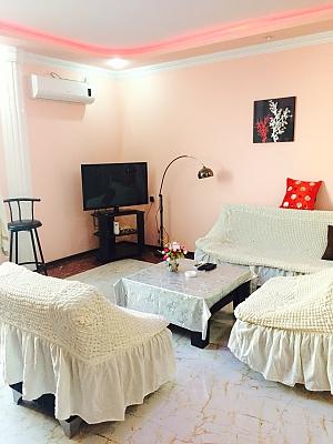 Великі апартаменти, 3-кімнатна, 001