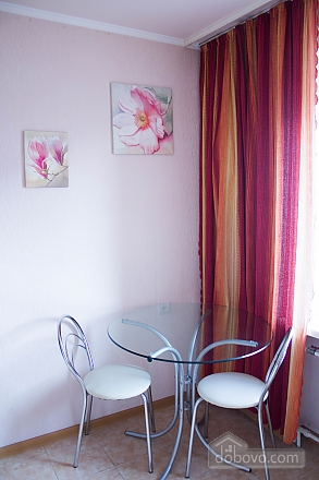 Теплі апартаменти в центрі, 1-кімнатна (49835), 006