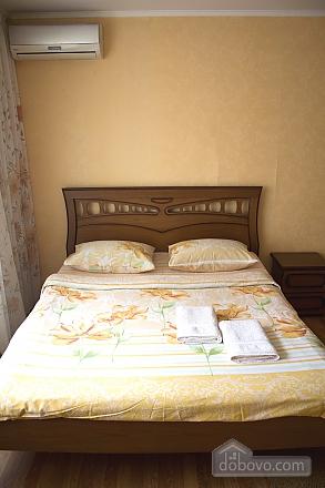 Теплі апартаменти в центрі, 1-кімнатна (49835), 008