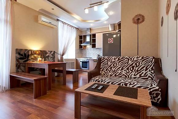 Шикарная квартира на Липках, 2х-комнатная (40871), 005