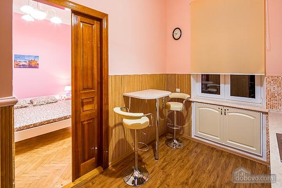 Apartment in the center of Lviv, Studio (58876), 007